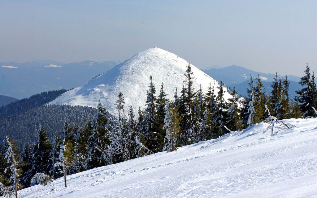 """Результат пошуку зображень за запитом """"зима гора хомяк"""""""
